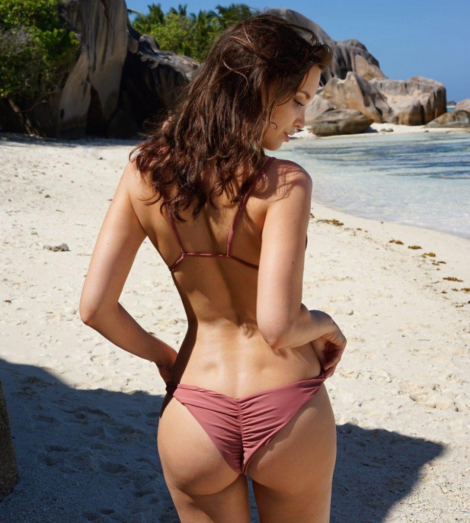 Aline Cara Luna Seychelles
